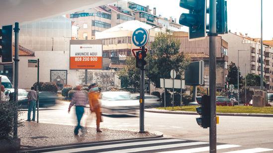 Foto face Vila Nova de Gaia (ie3760a)